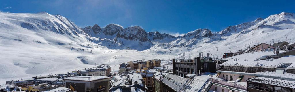 Недельный горнолыжный тур в Андорре за 31 949 рублей